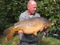 Ian with 33lb 6oz Carp