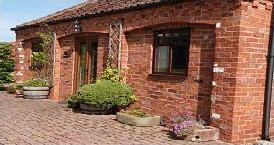 fishing holidays in Lincolnshire Kingfisher Cottage
