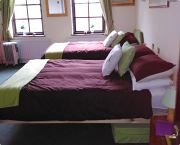 Fron Farm bedroom 2